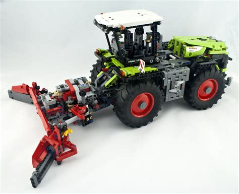 Review - LEGO 42054 Claas Xerion 5000 Trac VC