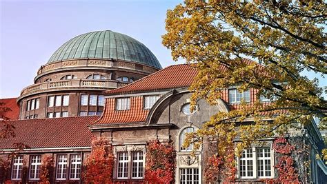 Four out of four! Outstanding success for Universität
