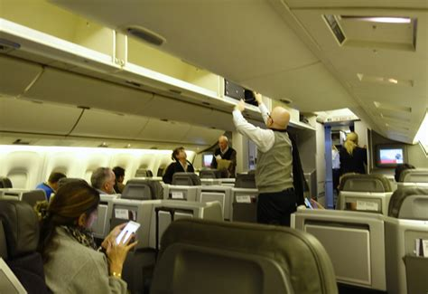 Review: American Airlines 767-300 Business Class | TravelSort
