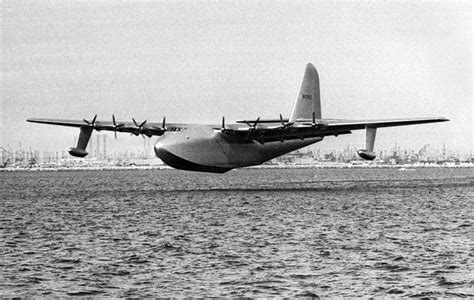2 November 1947 - This Day in Aviation