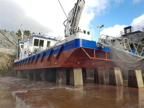 Welcome aboard the delousing barge Hydro Flow
